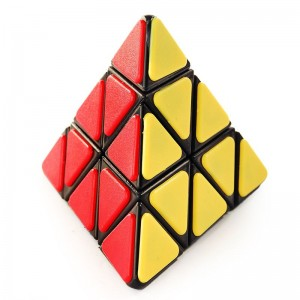 QJ Pyraminx With Plastic Tile - Black