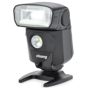 "OLOONG 551EX 1.65"" LCD Speedlit w/ 1-LED for Nikon D700 / D7000 / D300S / D90 - Black (4 x AA)"