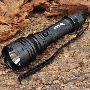 NEW-C6A Cree XR-E Q3 270LM 3-Mode White LED Flashlight w/ Car Charger / Power Adapter (1 x 18650)