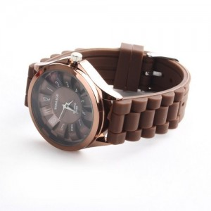 Womage Silicone Rubber Band Quartz Sports Unisex Wrist Watch Brown