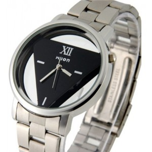 Women Fashion Watches Wilon Stainless Steel Watches with Triangle-Shaped Dail Plate - Black Color