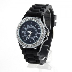Yesurprise Silicone Dial With Crystal Quartz Sports Unisex Wrist Watch Black