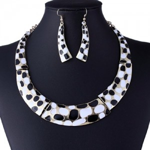 Black White Elegant Formal Business Metal Summer Chaplet Chain Necklace Earrings