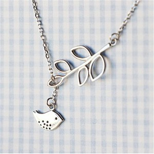 Fashion Cute Bird Leaf Shape Pendant Necklace(1 Pc)