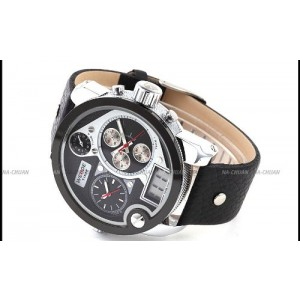 Weide 3 Time Zone Oversize Black White Dial Dual Display Analog Mens Bracelet Watch WE129