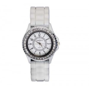 2013 Hot Fashion Geneva Crystal Jelly Silicone Watch